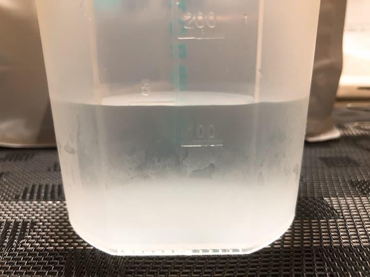 150mlの水